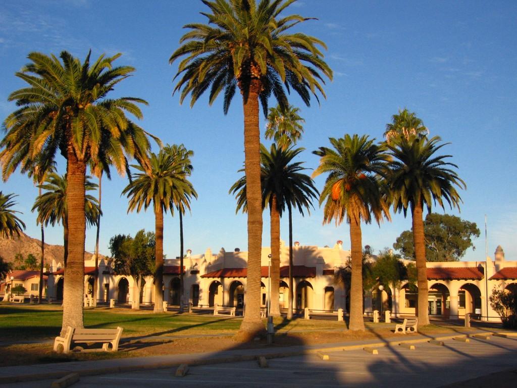 Ajo Plaza